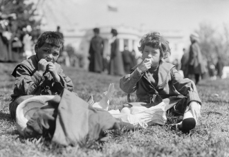 Boys picnicking at the White House Easter egg roll, 1911.